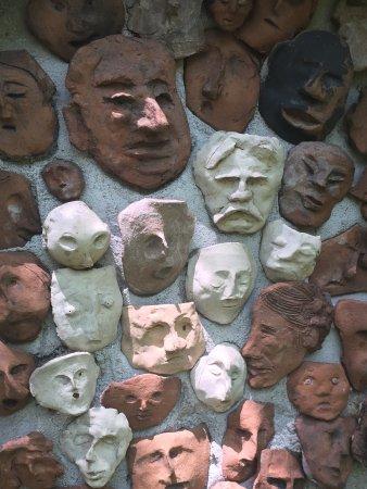 Warwick, NY: Pacem in Terris Sculpture Garden