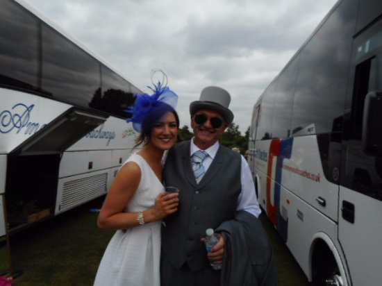 High Wycombe, UK: party going to Royal Ascot