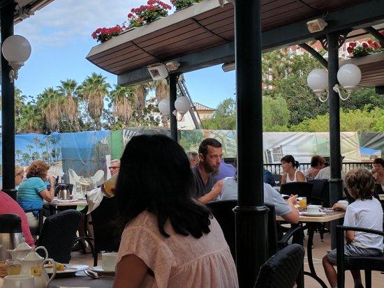 Gran Tacande Wellness & Relax Costa Adeje: Breakfast a la cranes