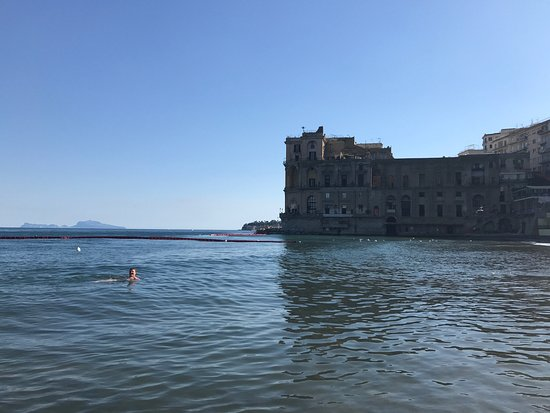 photo4.jpg - Foto di Bagno Elena, Napoli - TripAdvisor