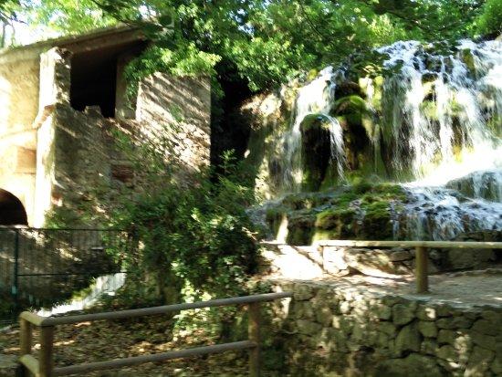 Gemenos, Prancis: IMG_20170606_181900_large.jpg