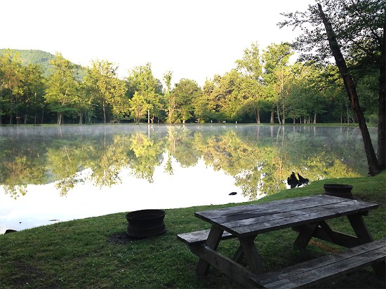 Swannanoa, Carolina del Norte: Lakeside Campsite
