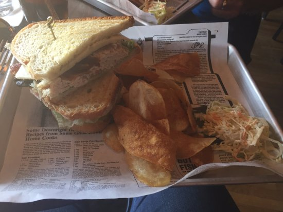 Cobblestones of Lowell: my sandwich as described above