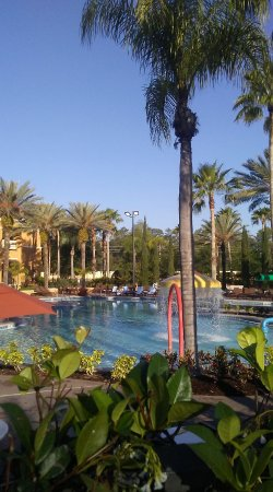 Floridays Resort: Super nice main pool .