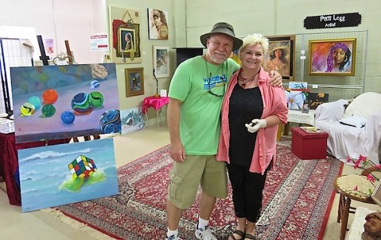 Salisbury, Carolina del Norte: Patt Legg, Artist of Fine Art, takes time to talk about her work with me.