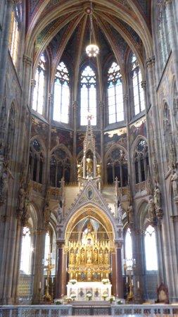 Votivkirche: Impressive
