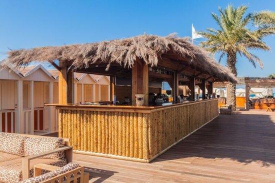 https://media-cdn.tripadvisor.com/media/photo-s/0f/b2/be/06/twiga-beach-club.jpg