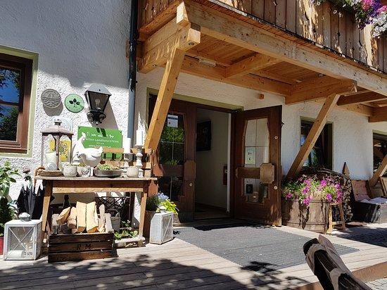 Obsteig, Österreich: Familien-Landhotel Stern