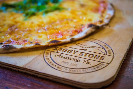 Robertson, South Africa: Pizzas! Crispy thin based for great flavour