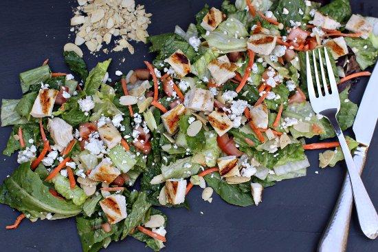 Perrysburg, OH: Third Street Salad