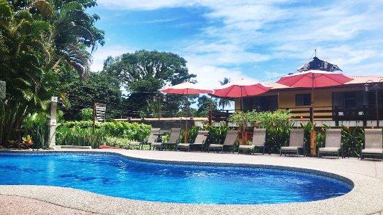 Hotel Playa Espadilla: Area de piscina