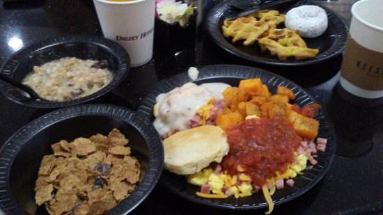 Drury Inn McAllen: Hot Breakfast!
