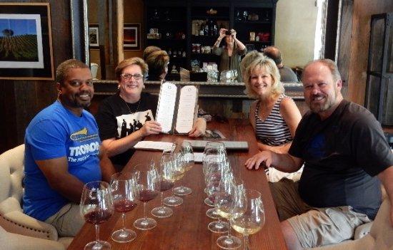 ฮีลด์สบูร์ก, แคลิฟอร์เนีย: Our wine tastings are ready to be sampled!