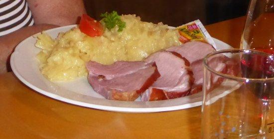 Gottenheim, Germany: Schäufele mit Kartoffelsalat 2014