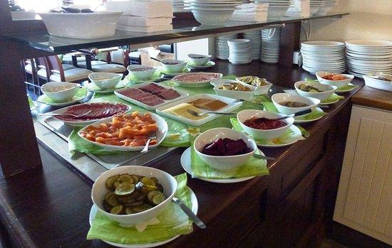 Skaidi Hotel: Breakfast buffet