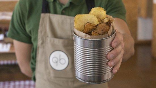 Lousa, โปรตุเกส: Batatas fritas. Normais e doces