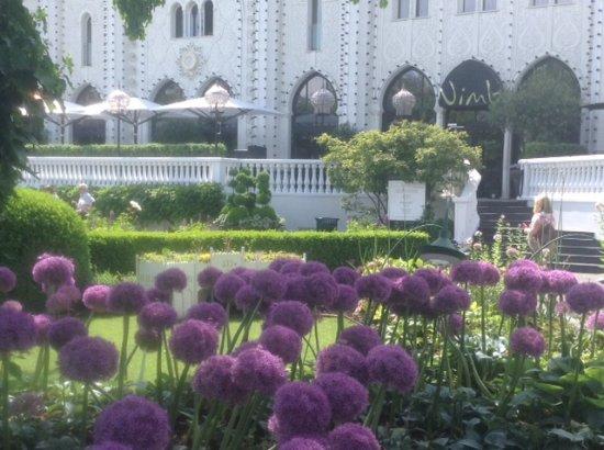 Nimb Hotel: Stunning hotel by day