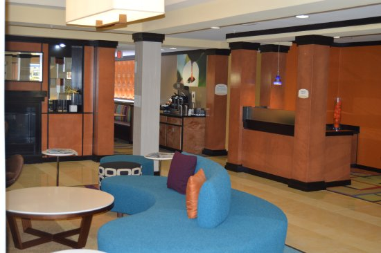 Channelview, TX: Lobby Area