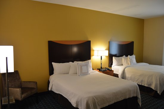 Channelview, TX: Two Queen Room