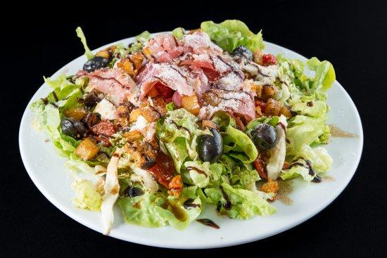 Montigny-le-Bretonneux, France: salade italien