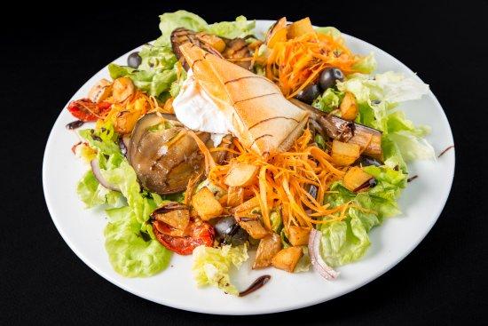 Montigny-le-Bretonneux, France: salade vegetarienne