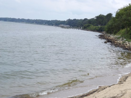 A perfect fishing spot picture of huntington park beach for Fishing spots in virginia beach