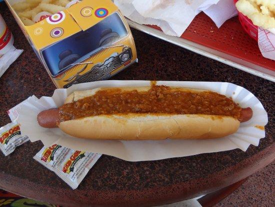 ริชมอนด์, อิลลินอยส์: Foot long coney dog