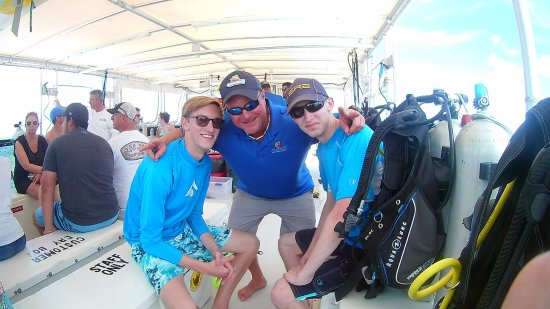 """Ocean Divers Bayside : Our PADI instructor - Mike """"The White Manta"""" Cutler"""