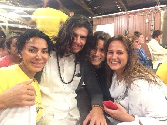 Sivananda Ashram Yoga Retreat: photo6.jpg