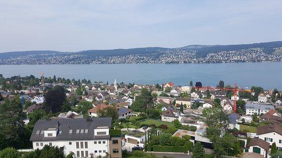 Rueschlikon, Switzerland: Une variation de clichés