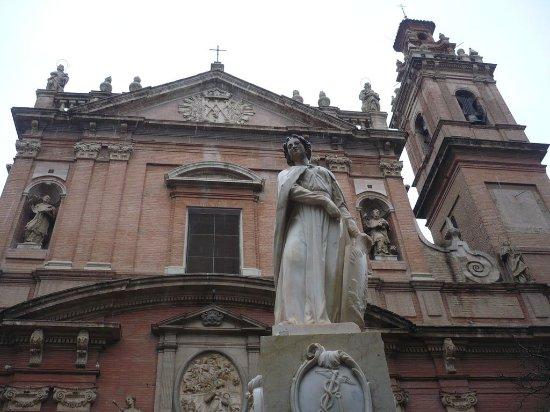 Iglesia de Santo Tomas y de San Felipe Neri