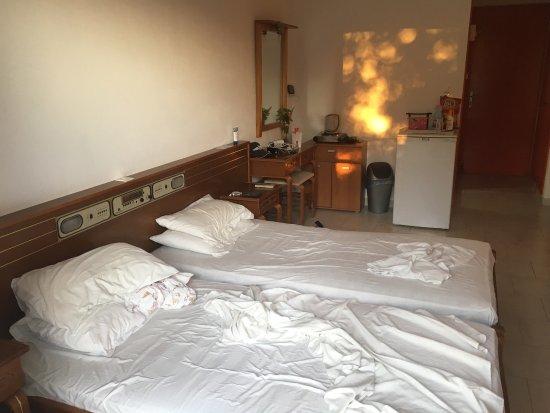 Hotel Iris: photo0.jpg
