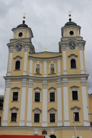 Mondsee, Austria: Front of the Basilica