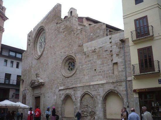 Santa Catalina Church (Iglesia de Santa Catalina)
