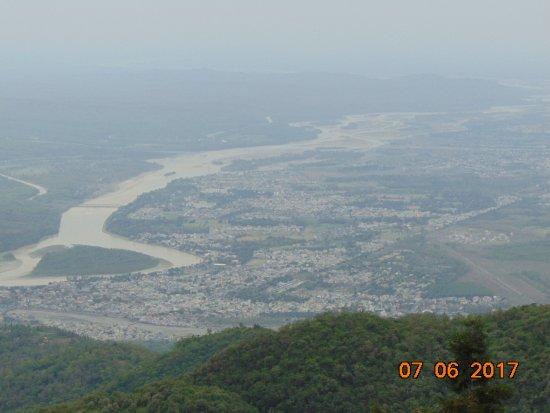 Kunjapuri Devi Temple: The Bhagirathi Valley, the Doon Vlley & the Rishikesh.
