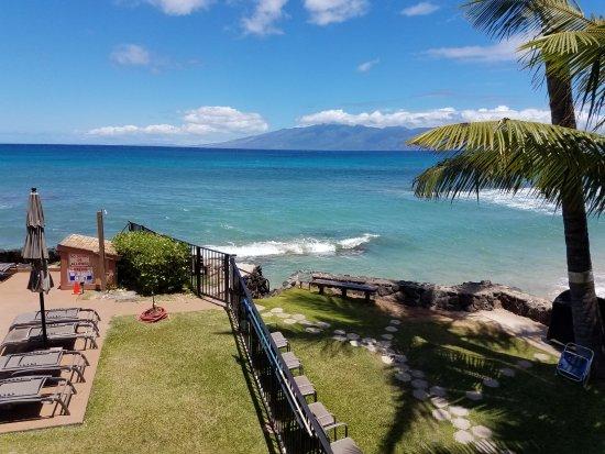 Hale Kai Oceanfront Condominiums Picture