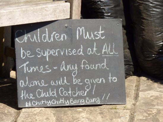 Milford on Sea, UK: sense of humour