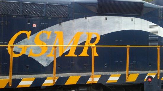 Great Smoky Mountains Railroad: 0623171427b_large.jpg