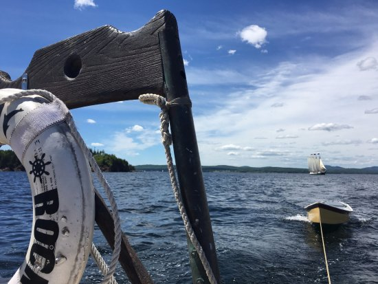 Rockland, ME: Head out of port along with our dingy to row to shore for an afternoon hike.