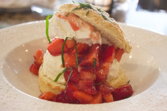 Brentwood, CA: Strawberry Shortcake - Summer 2017