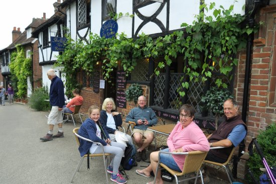 Chilham, UK: Cream tea at Shelly's