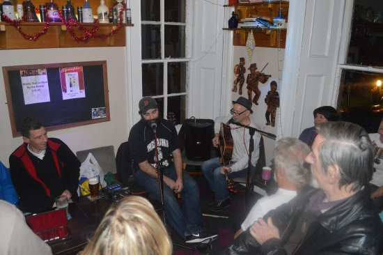 Callander, UK: Live Music