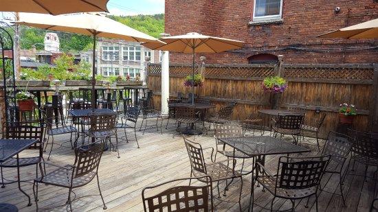 Montpelier, VT: Our Amazing Deck
