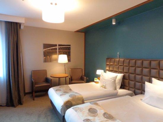 Holiday Inn Krakow City Center: Standard twin room, we enjoyed it