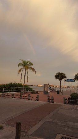 Gulfport, FL: Rainbow view while eating at O'Maddy's