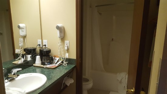 Cle Elum, WA: separate toilet tub/shower