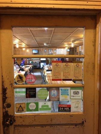 Leatha's Bar-B-Que Inn: photo0.jpg