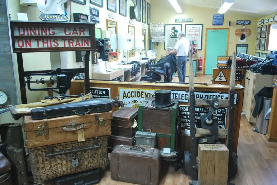 Headhunters Barber Shop & Railway Museum