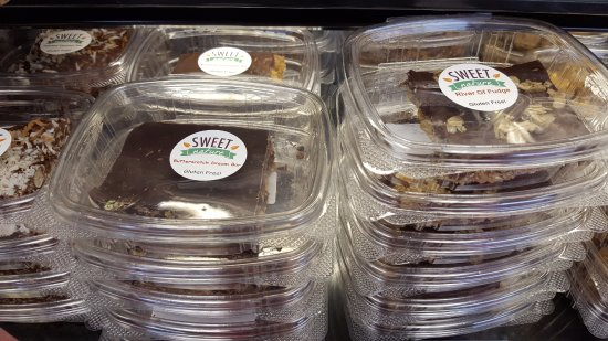 Sauk Rapids, มินนิโซตา: River of Fudge bars and more from Sweet Nature (all gluten-free of course)!