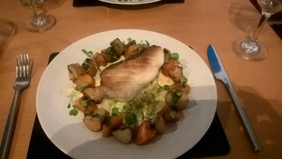 Warne's Bar & Restaurant: Cod, (No Hake on the evening) butternut squash, creamed leeks, sauted potatoes and pesto sauce.